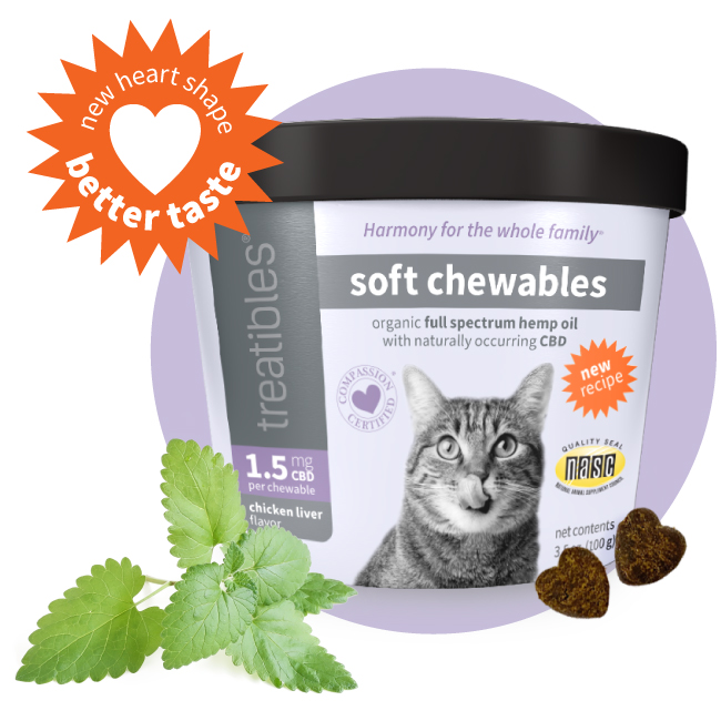 Image of Treatibles Soft Chewables for Cats canister featuring a new tastier recipe and new heart shaped Chewables.